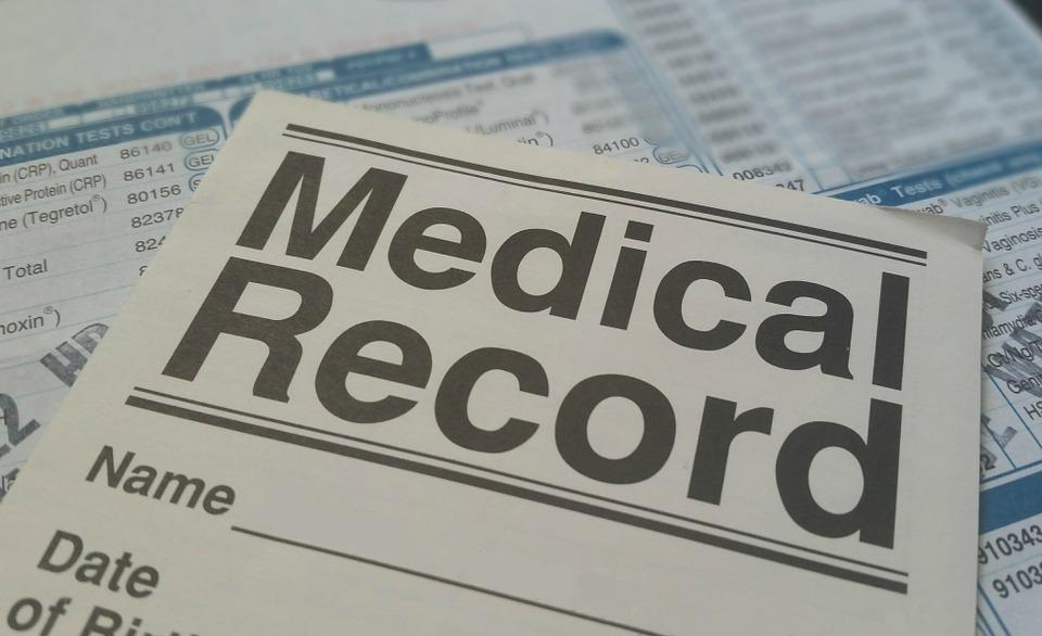 Registro de vacunación excluye a quienes no tienen CURP y pone en riesgo salud pública: ONG - GR