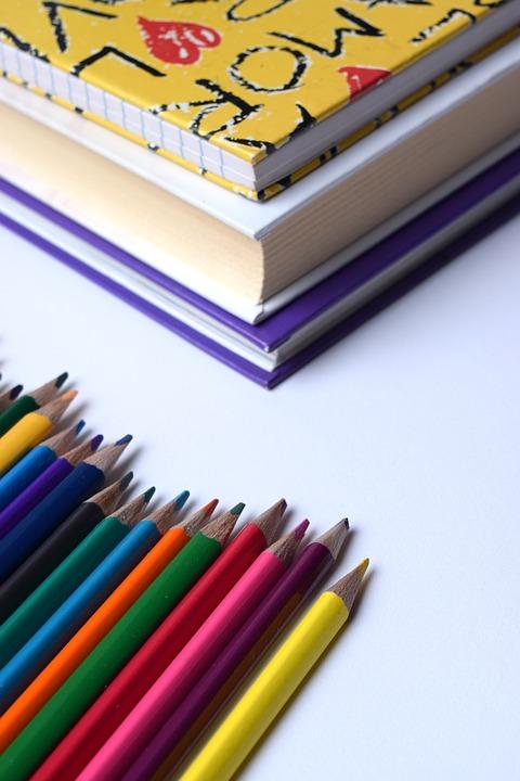 SEP deja a profesores diseño de nuevos libros de texto que buscan eliminar 'discursos autoritarios' - GR