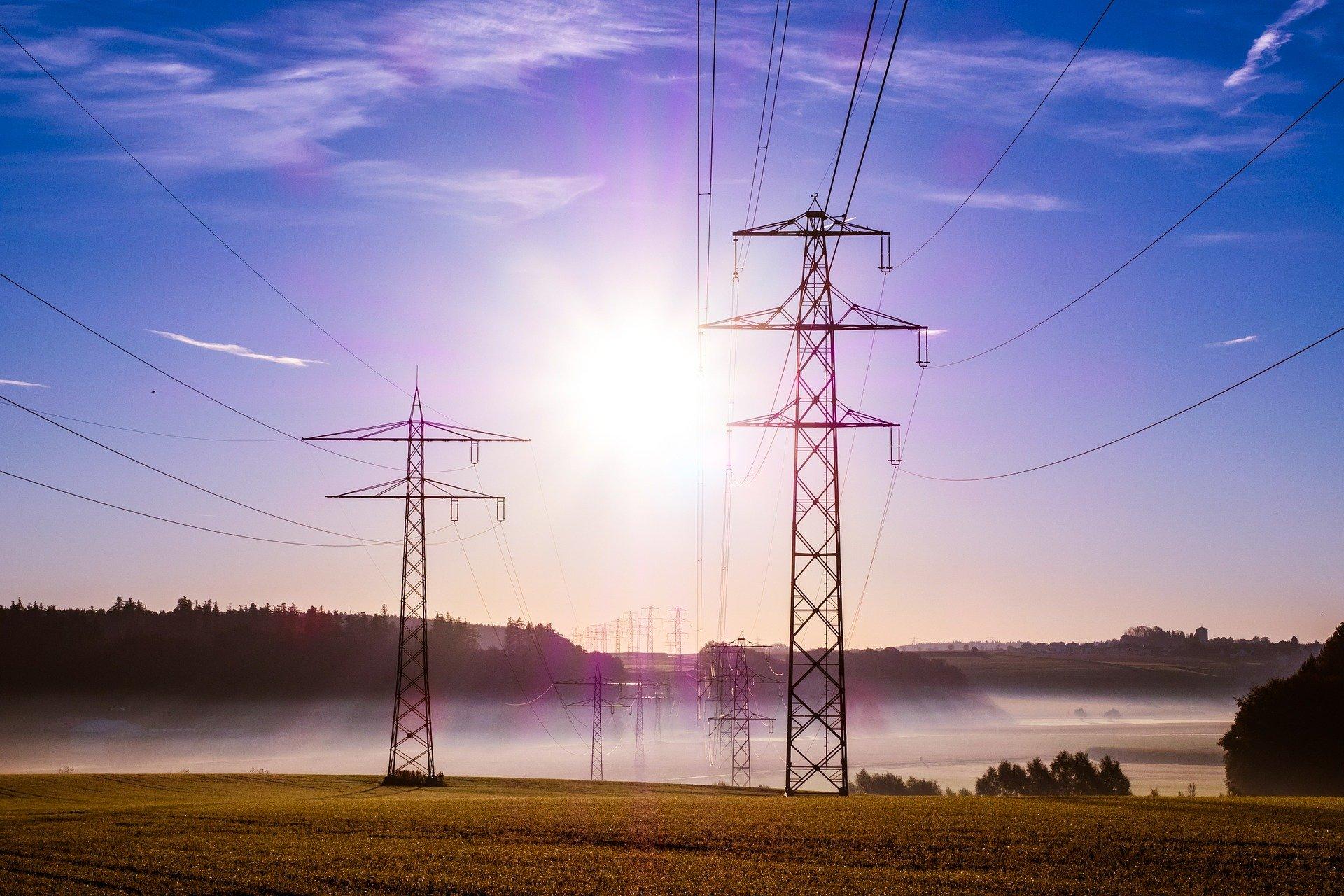 Comisiones del Senado aprueban sin cambios dictamen de Ley de Industria Eléctrica