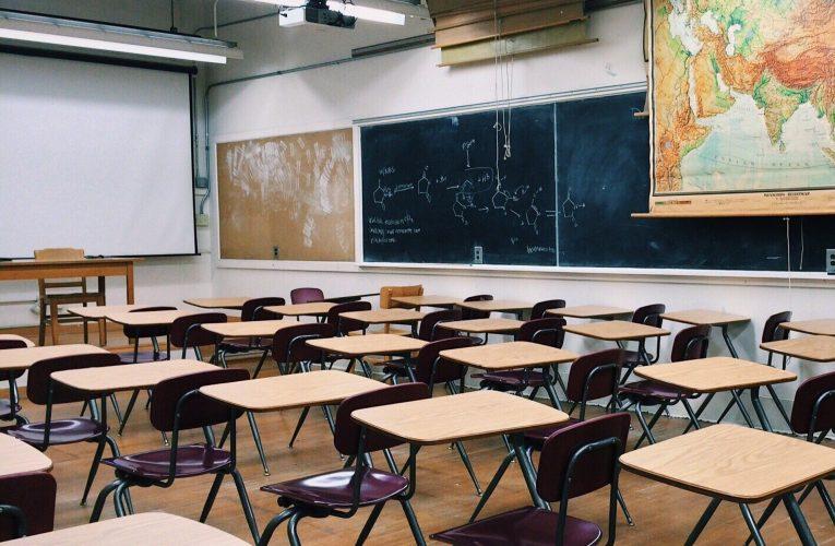 Entre 2015 y 2020 aumentó 74% el número de menores de edad que no asisten a la escuela