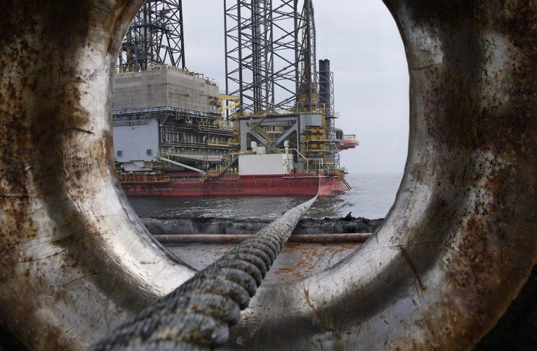 Revela Pemex que refinería Deer Park que compró en Texas tiene deuda de 980 mdd